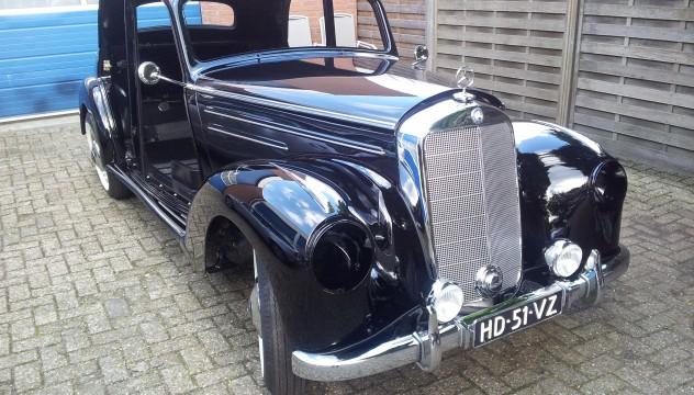 Van Dijk - recente projecten Mercedes 220A Sedan uit 1952 restauratie